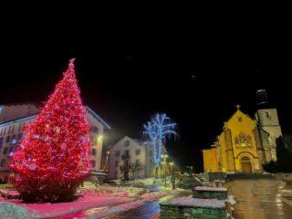Le Grand Hôtel Des Alpes vous souhaite un très joyeux Noël!! 🥂🎄❤️