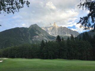 Superbe vue depuis le golf de les Praz de Chamonix #freedom #enchanting #merveille #chamonix #grandhoteldesalpeschamonix